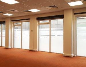 Spatiu comercial ideal showroom, cladire Office zona Vivo