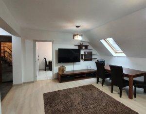 Apartament cu 3 camere si scara interioara in Manastur, zona E. Quinet