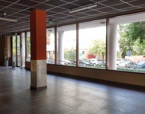 Spatiu comercial 260mp, imobil modern, zona Pizzeria Montana Marasti