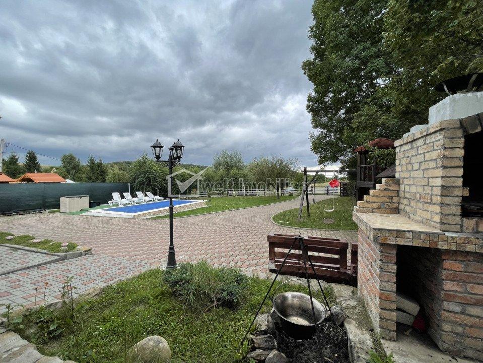 Imobil in Feleacu, compus din 2 case, piscina, teren 1578 mp, toate utilitatile