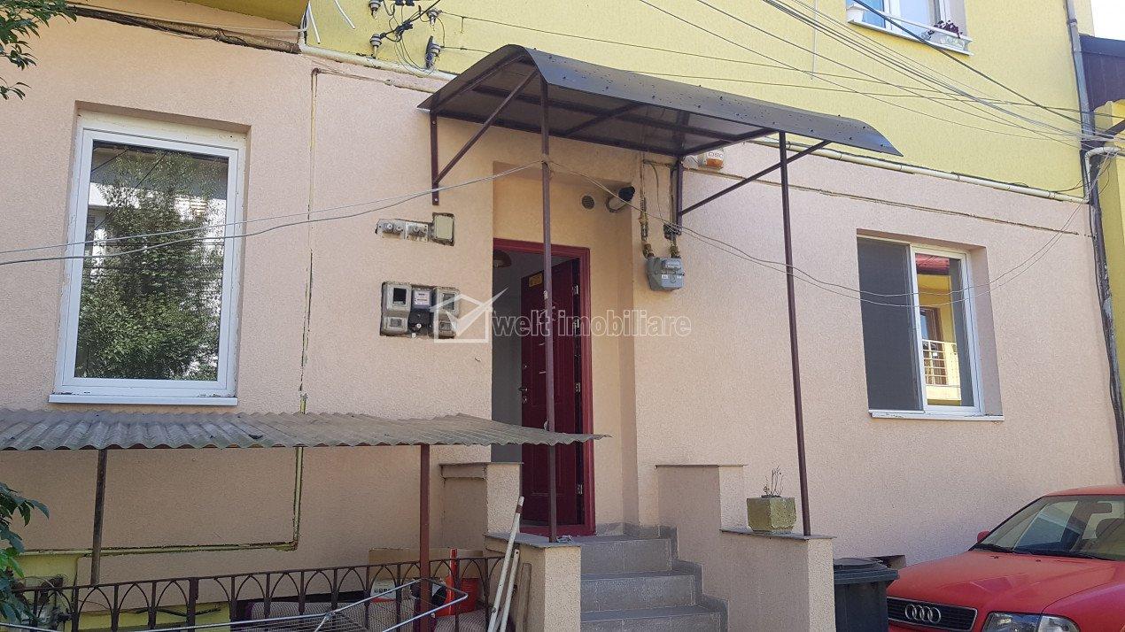Birou 2 incaperi 45mp la curte, zona Politia Judeteana, str Traian