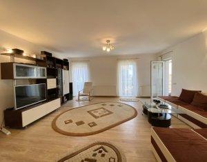 Inchiriere apartament 3 camere, zona Grand Hotel Italia, garaj, 80 mp