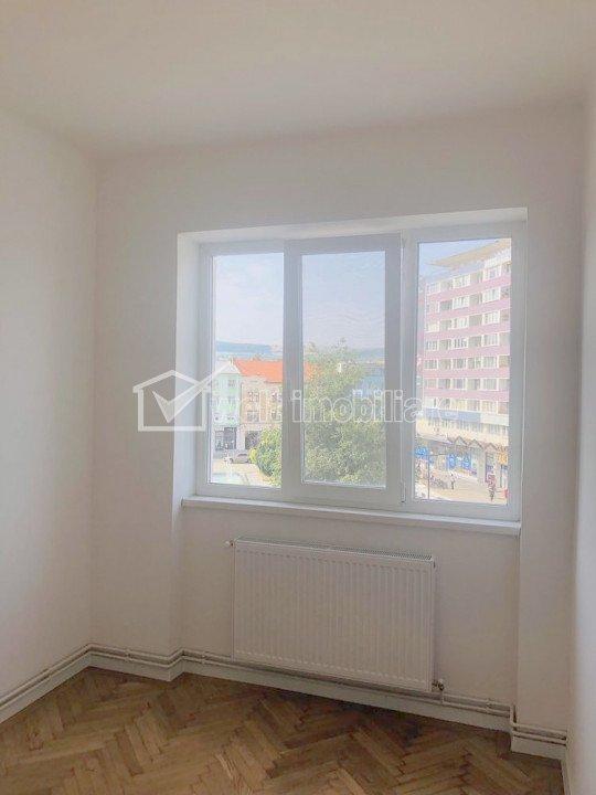 Centru, apartament 2 camere, 42 mp, Piata Mihai Viteazu
