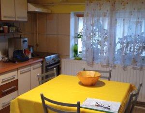 Apartament cu 3 camere, str Somesului, Floresti