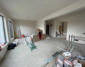 Duplex 180 mp utili, D+P+E, 350 mp teren, zona Vivo