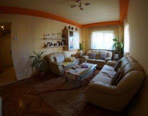Apartament 4 camere, zona calea Floresti
