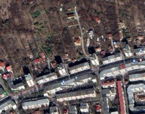 Teren 878mp, casa cu 2 apartamente pe teren Str. Donath