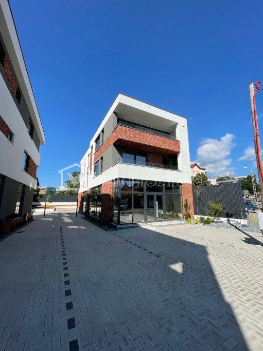 Spatiu comercial 140mp, 2 parcari, vila noua zona Iulius Mall