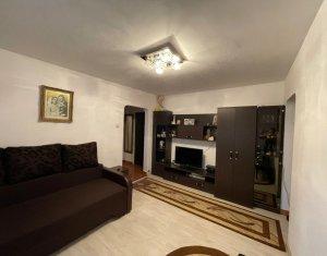 Apartament 4 camere, semidecomandat, Mehedinti