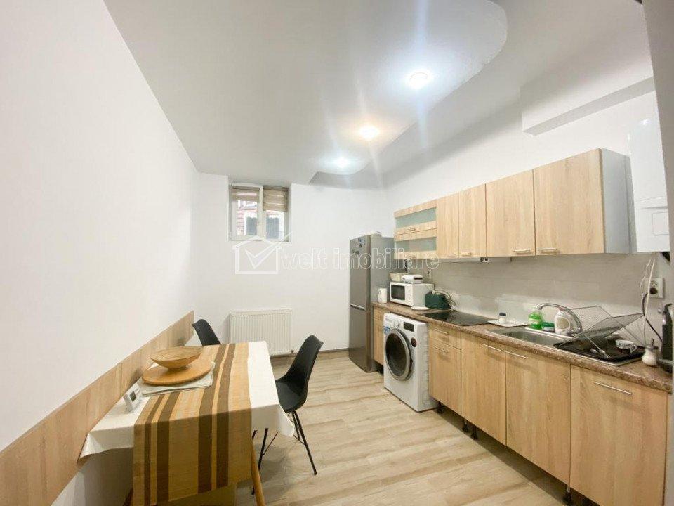 Apartament 2 camere, 65 mp, renovat, demisol, Centru