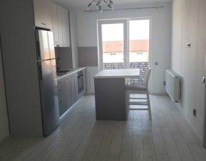 Apartament de 2 camere, balcon, parcare subterana, modern si practic