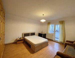 Inchiriere apartament 3 camere decomandate, 2 bai, Calea Floresti