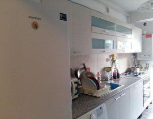 Inchiriere apartament decomandat cu 2 camere, 52mp+balcon,zona Eroilor,Floresti