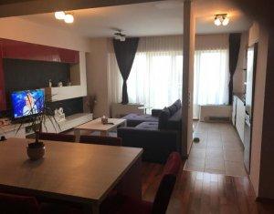 Inchiriere apartament mobilat, finsaje de lux, 2 camere, Plopilor Vest