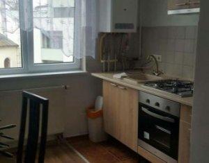 Inchiriere apartament 2 camere, semidecomandate, zona Piata Viteazu