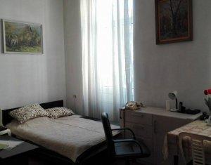 Inchiriere apartament 2 camere semidecomandate, zona centrala