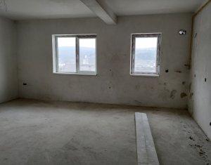 Vanzare apartament de 3 camere in Baciu, CF