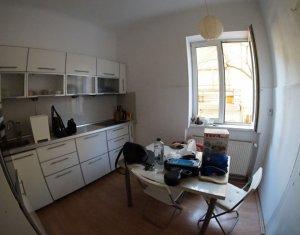 Inchiriere apartament 4 camere, zona ultracentrala