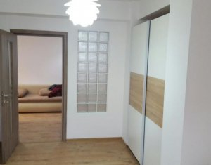 Inchiriere apartament 2 camere cu garaj, 60mp, zona Iulius Mall