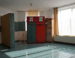 Üzlethelyiség eladó on Cluj Napoca, Zóna Floresti