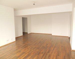 Inchiriere 3 camere 116 mp, Plopilor, zona Nobori, finisat modern, garaj