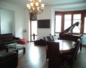 Appartement 4 chambres à vendre dans Cluj Napoca, zone Centru