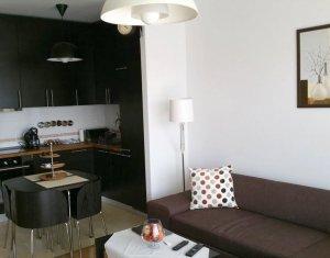 Inchiriere Apartament lux cu 2 camere in ansamblul Viva City. Parcare subterana