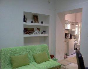 Apartament ultracentral, pe Motilor, la casa, zona Primariei, locuri de parcare