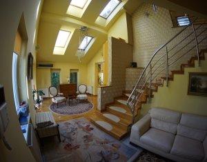 Maison 5 chambres à vendre dans Cluj Napoca, zone Zorilor