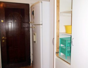 Garsoniera de inchiriat, in bloc de apartamente, zona Zorilor, finisata