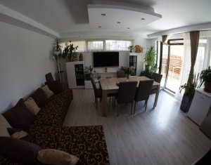 Inchiriere apartament cu 3 camere de lux pe 2 nivele in Manastur