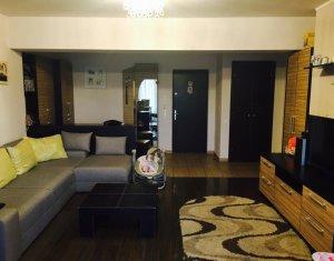 Apartament de vanzare 2 camere, zona Plopilor