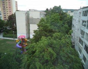 Apartament cu 3 camere, cartier Manastur, zona Flora