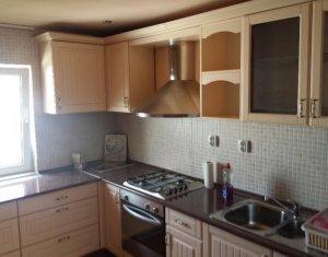 Apartament 3 camere de inchiriat, zona Manastur