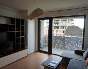 Inchiriere apartament 2 camere, complex Oaza, loc de parcare