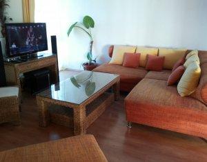 Inchiriere apartament pe 2 nivele, 4 camere, Gheorgheni, loc de parcare