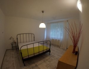 Inchiriere apartament 3 camere, spatios, Plopilor