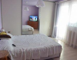 Vindem apartament cu 4 camere decomandate, 78 mp, in Manastur
