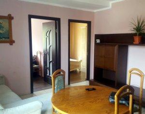 Inchiriere apartament cu 3 camere, Florilor, zona Atelierul de Pizza
