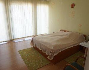 Maison 4 chambres à louer dans Cluj-napoca, zone Zorilor
