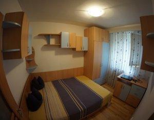 Apartament 3 camere, zona Politia Rutiera!