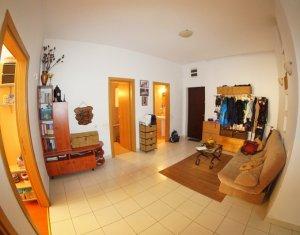 Inchiriere apartament spatios, 110 mp, 4 camere, zona superba, ideal familie