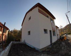 De vanzare casa individuala, 4 camere, curte amenajata, zona Campului!