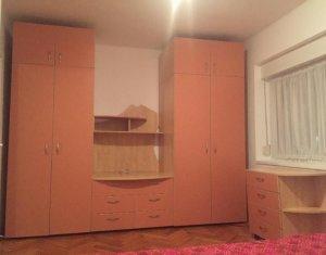 Apartament la curte de inchiriat, 2 camere, semidecomandat, zona semicentrala