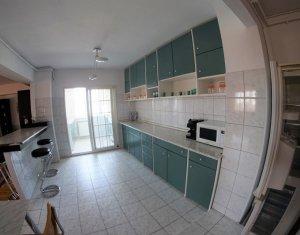 Apartament superb, spatios, 3 camere, 3 balcoane, 2 bai, parcare, Observatorului