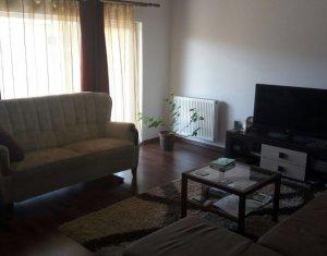 Vanzare apartament 2 camere 52 mp utili, pod 52 mp, zona Porii