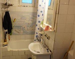 Apartament de inchiriat cu 3 camere, zona Big Manatur