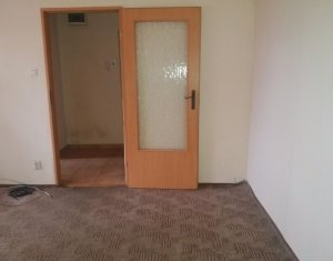 Vanzare apartament 2 camere, nemobilat, cartier Gheorgheni