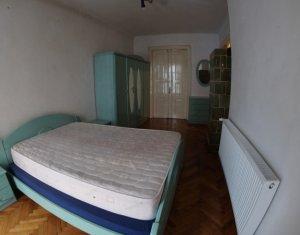 De inchiriat apartament cu doua camere in centrul Orasului