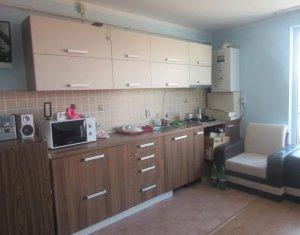 Vanzare apartament cu 2 camere in zona Ioan Rus
